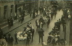 Willy Schmitter, doodgevallen in het Leipzig van 1905. Willy, 20 jaar geworden, en afkomstig uit Keulen kreeg een heldenbegrafenis.