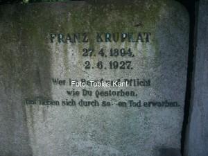 Het graf van Franz Krupkat in Berlijn.